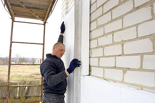 zateplovani-panelovych-domu-aneb-proc-je-vhodne-domy-zateplovat